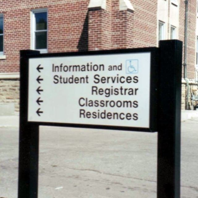 HURON-COLLEGE-WAYFINDING-SIGN-e1457465090800